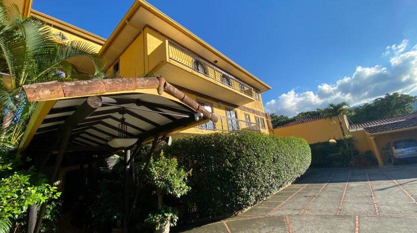 venta-apartamento-escazu-guachipelin