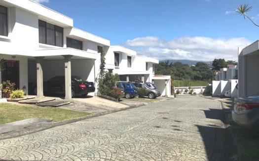 venta-casa-condominio-rohrmoser
