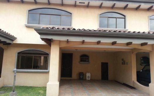 venta-casa-escazu-condominio