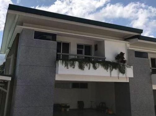 venta-de-casa-en-escazu-condominio-tirreno